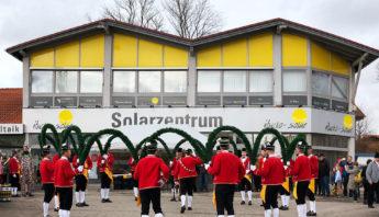 Der Schäfflertanz bei ibeko-solar GmbH in Kolbermoor 9